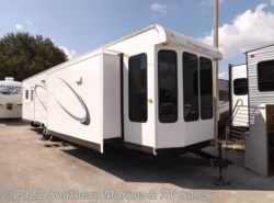 New 2016  Bridgeview  42 Front Dinning Room by Bridgeview from Park Model City & RV Sales in Ft. Myers, FL