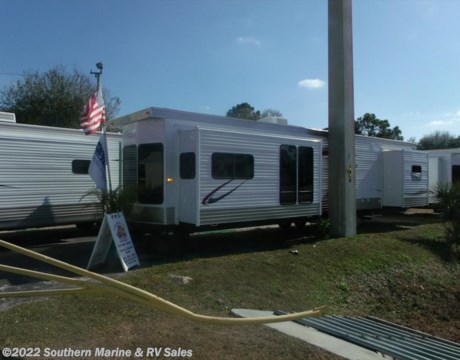 6640 2016 Hy Line 42CG1PA for sale in Ft Myers FL