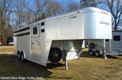 "Used 2003 Sooner 20' Stock w/Cut Gate, Rear Ramp 7'6""x8' For Sale by Blue Ridge Trailer Sales available in Ruckersville, Virginia"