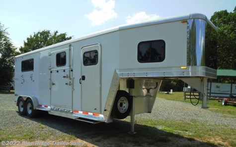 "Used 2006 Kiefer Built Genesis 2+1 GN w/Dress 7'6""x7' For Sale by Blue Ridge Trailer Sales available in Ruckersville, Virginia"