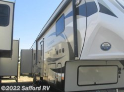 New 2017  Coachmen Chaparral 372QBH by Coachmen from Safford RV in Thornburg, VA