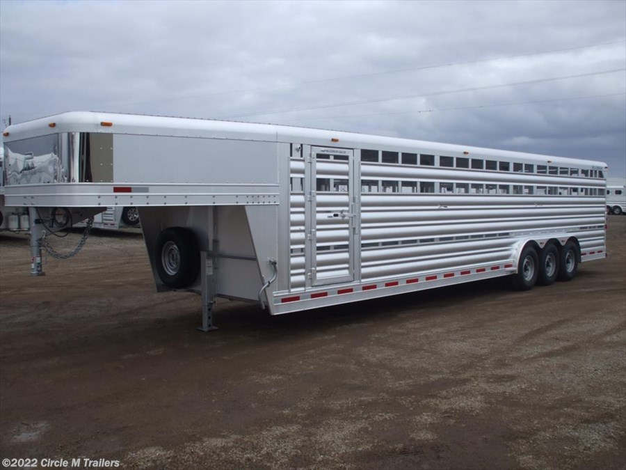 2018 Platinum Coach 32' Stock Trailer 8 wide with 3-7,000# axles