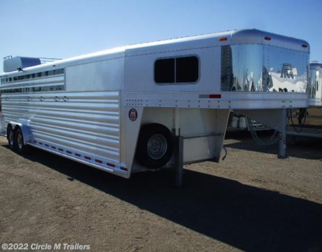 Brilliant 2007 WW Combo 3 Horse Trailer Sold