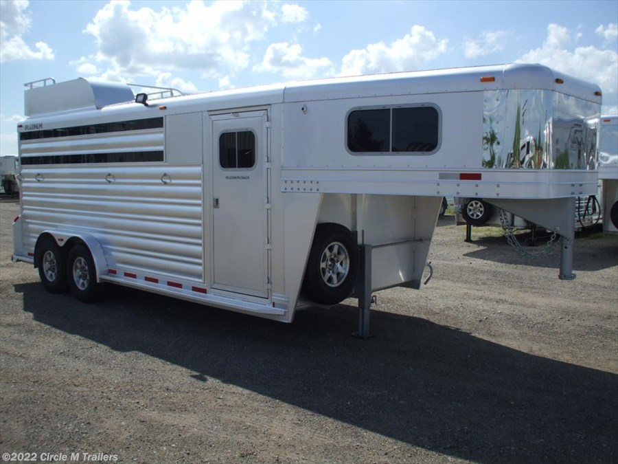 "2018 Platinum Coach 4 horse 2' SW 7'6"" wide"