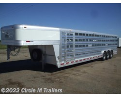 #97328STK3 - 2018 Platinum Coach 32' Stock Trailer 8 wide with 3-7,000# axles