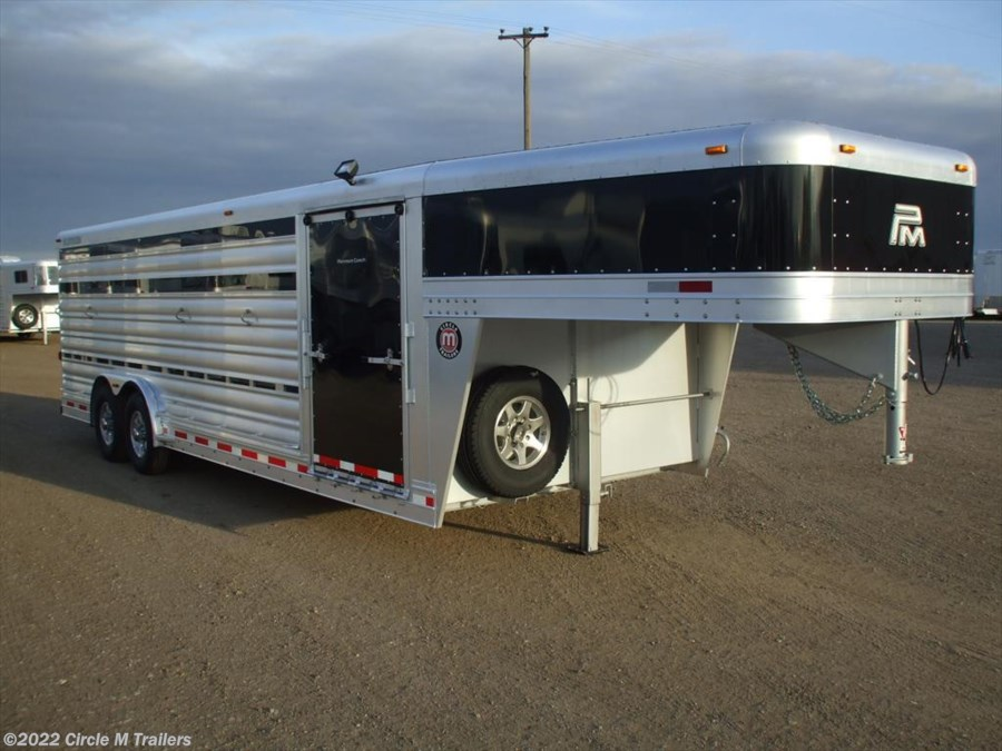 2018 Platinum Coach 24' Show Cattle Stock Special 8' WIDE