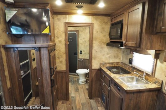 "4 Horse Trailer - 2018 Miscellaneous sierra  8' Wide 4 Horse Slant w/10'6"" Short Wall available New in Elk Mound, WI"