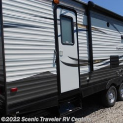 New 2016 Heartland RV Trail Runner 29MSB For Sale by Scenic Traveler RV Centers available in Slinger, Wisconsin