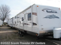 Used 2009  Forest River Salem 302QBSS LA by Forest River from Scenic Traveler RV Centers in Slinger, WI
