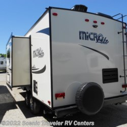 Scenic Traveler RV Centers 2017 Flagstaff Micro Lite 21FBRS  Travel Trailer by Forest River | Slinger, Wisconsin