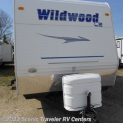 Used 2008 Forest River Wildwood 30BHBS For Sale by Scenic Traveler RV Centers available in Baraboo, Wisconsin