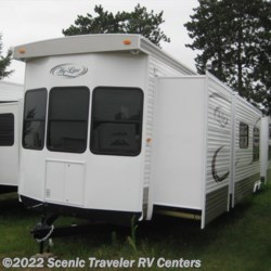 2014 Hy-Line 39CR2PA  - Destination Trailer New  in Slinger WI For Sale by Scenic Traveler RV Centers call 800-568-2210 today for more info.
