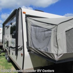New 2017 Forest River Shamrock 21DK For Sale by Scenic Traveler RV Centers available in Baraboo, Wisconsin