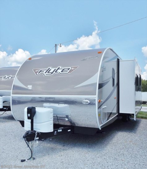 New 2017 Shasta Flyte 315OK For Sale by Sherman RV Center available in Sherman, Mississippi