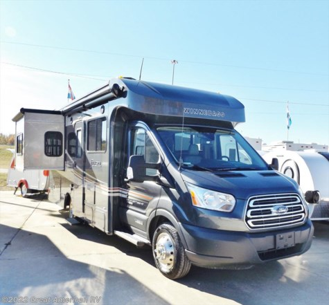 New 2017 Winnebago Fuse 423T For Sale by Sherman RV Center available in Sherman, Mississippi
