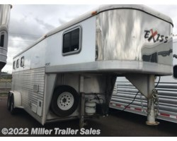 #4653 - 2006 Exiss 3 Horse with weekender