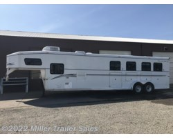 #7203 - 2001 Trails West Sierra 3 Horse W/11' LQ & 2' Mid Tack