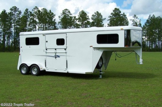 Horse Trailer - 2017 Bee Trailers 2 Horse Gooseneck Thoroughbred Classic available New in Fort Myers, FL