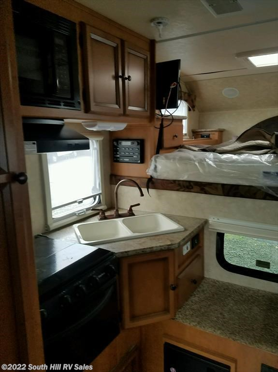 2014 Palomino Rv Maverick 8801 For Sale In Puyallup Wa