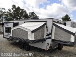 2015 Palomino Solaire 213X - 3 QUEEN BEDS, 4300#, AND UNDER $20K!!!