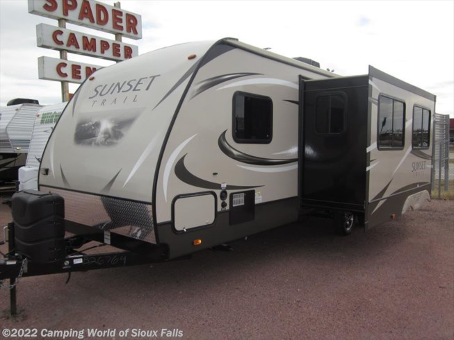 2015 CrossRoads RV Sunset Trail 270BH for Sale in Sioux