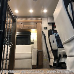Steinbring Motorcoach 2019 Bay Star 3226  Class A by Newmar | Garfield, Minnesota