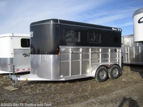 2017 Royal T Trailers Maverick Lite  DX WARMBLOOD 2 Horse Angle Bumper Pull