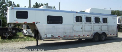 2005 Integrity Trailers  4 Horse gooseneck with 9' Living Quarters