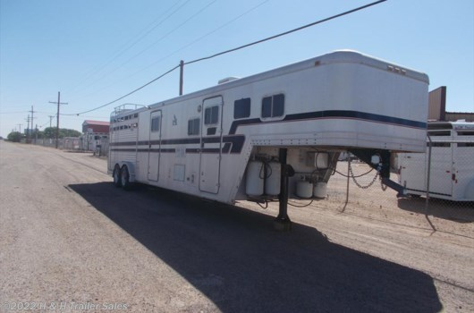 4 Horse Trailer - 1988 Featherlite available Used in Lubbock, TX