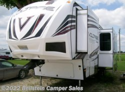 Used 2015  Dutchmen Voltage V3005 by Dutchmen from Beilstein Camper Sales in La Grange, MO