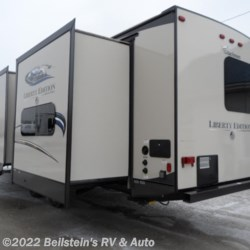 2016 Coachmen Freedom Express 312BHDSLE  - Travel Trailer Used  in Palmyra MO For Sale by Beilstein's RV & Auto call 800-748-7173 today for more info.