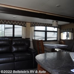 2017 Jayco White Hawk 27DSRL  - Travel Trailer New  in Palmyra MO For Sale by Beilstein's RV & Auto call 800-748-7173 today for more info.