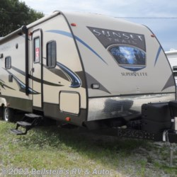 Used 2015 CrossRoads Sunset Trail Super Lite ST290RL For Sale by Beilstein's RV & Auto available in Palmyra, Missouri