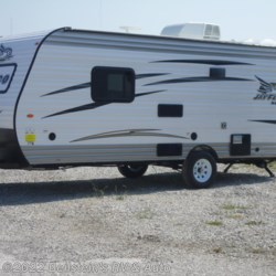 2017 Jayco Jay Flight SLX 195RB  - Travel Trailer New  in Palmyra MO For Sale by Beilstein's RV & Auto call 800-748-7173 today for more info.
