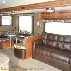 2014 Jayco Jay Flight 32 BHDS  - Travel Trailer Used  in Palmyra MO For Sale by Beilstein's RV & Auto call 800-748-7173 today for more info.