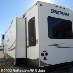 2012 Forest River Sierra 330RL  - Fifth Wheel Used  in Palmyra MO For Sale by Beilstein's RV & Auto call 800-748-7173 today for more info.