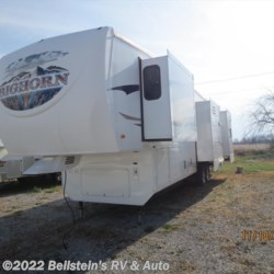 2009 Heartland RV Bighorn 3670RL  - Fifth Wheel Used  in Palmyra MO For Sale by Beilstein's RV & Auto call 800-748-7173 today for more info.