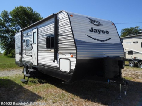 Used 2016 Jayco Jay Flight 2016 24FBS one owner For Sale by Beilstein's RV & Auto available in Palmyra, Missouri
