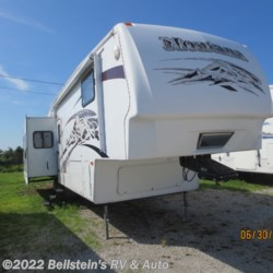 Used 2008 Keystone Montana 3400RL For Sale by Beilstein's RV & Auto available in Palmyra, Missouri