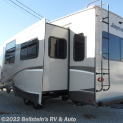 2019 Jayco Eagle HT 26RLX  - Fifth Wheel New  in Palmyra MO For Sale by Beilstein's RV & Auto call 800-748-7173 today for more info.