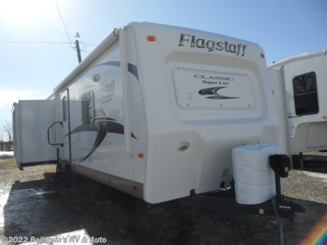 Used 2015 Forest River Flagstaff Classic Super Lite 832IKBS For Sale by Beilstein's RV & Auto available in Palmyra, Missouri