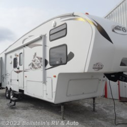 Used 2011 Keystone Cougar 322QBS For Sale by Beilstein's RV & Auto available in Palmyra, Missouri