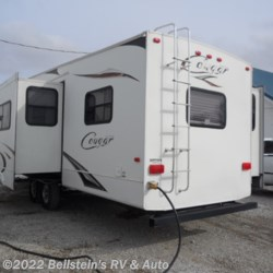 2011 Keystone Cougar 322QBS  - Fifth Wheel Used  in Palmyra MO For Sale by Beilstein's RV & Auto call 800-748-7173 today for more info.