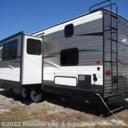 2016 Jayco Jay Flight 28BHBE  - Travel Trailer Used  in Palmyra MO For Sale by Beilstein's RV & Auto call 800-748-7173 today for more info.