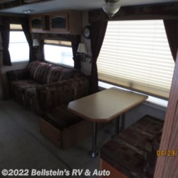 2006 Forest River Cedar Creek  - Fifth Wheel Used  in Palmyra MO For Sale by Beilstein's RV & Auto call 800-748-7173 today for more info.