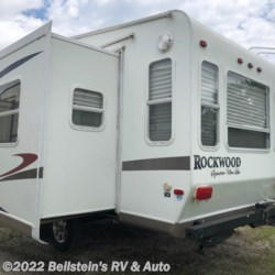 2008 Forest River Rockwood Signature Ultra Lite 8244  - Fifth Wheel Used  in Palmyra MO For Sale by Beilstein's RV & Auto call 800-748-7173 today for more info.