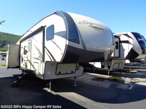 New 2019 Forest River Rockwood Signature Ultra Lite 8301WS For Sale by Bill's Happy Camper RV Sales available in Mill Hall, Pennsylvania