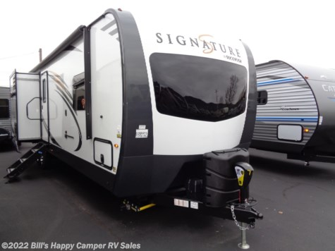 New 2019 Forest River Rockwood Signature Ultra Lite 8327SS For Sale by Bill's Happy Camper RV Sales available in Mill Hall, Pennsylvania