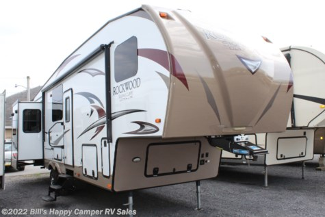Used 2018 Forest River Rockwood Signature Ultra Lite 8298WS For Sale by Bill's Happy Camper RV Sales available in Mill Hall, Pennsylvania