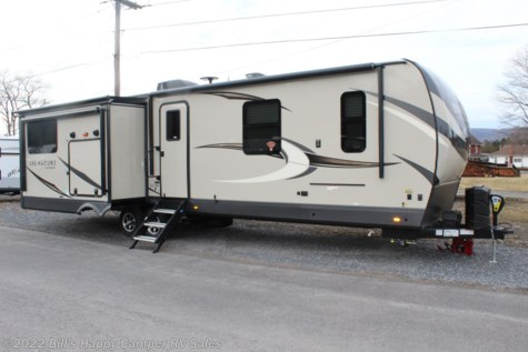 New 2020 Forest River Rockwood Signature Ultra Lite 8332SB For Sale by Bill's Happy Camper RV Sales available in Mill Hall, Pennsylvania